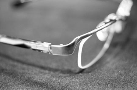 茨城県つくば市999.9フォーナインズ 眼鏡コンビネーションフレーム